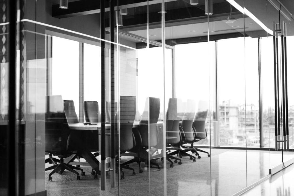 HSPが大企業に向いている3つの理由