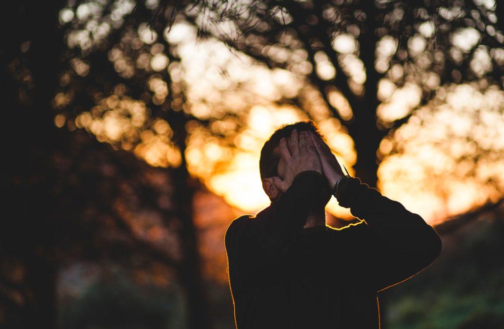 基礎編:HSPが人間関係で悩む4つの理由と3つの対策