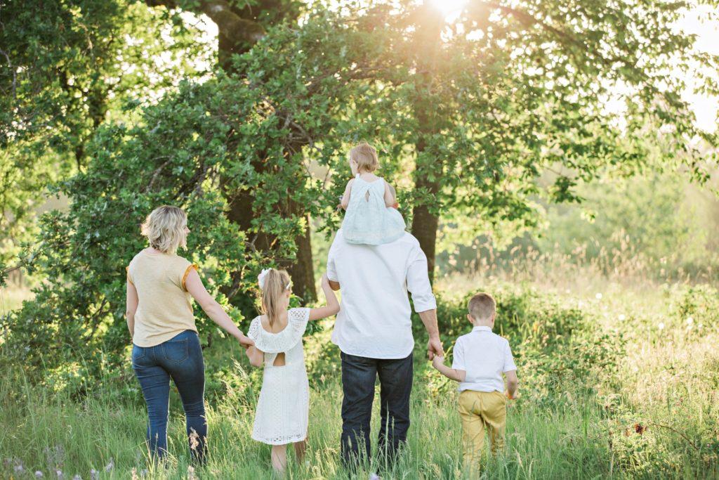 まとめ:HSPが家族との生活を快適にする3つの対策【会話、音、匂い】