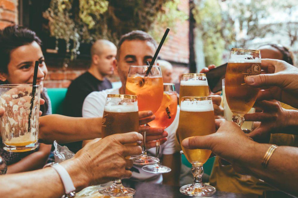 【HSPにおすすめ】飲み会の断り方3選(NGな断り方も3つ紹介)