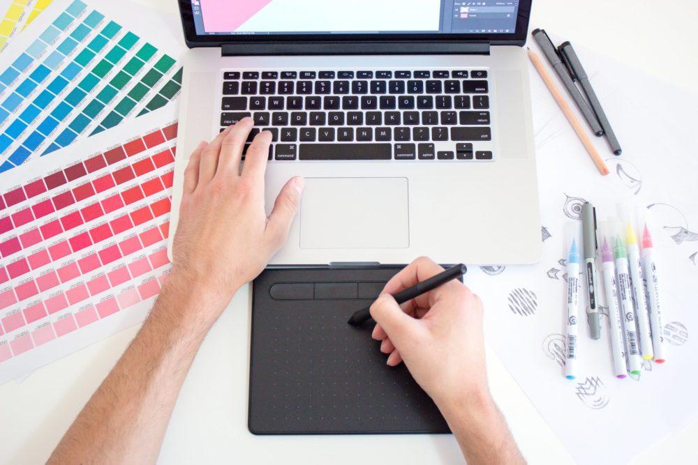 HSPはWEBデザイナーが適職な3つの理由【デメリット、勉強方法も】