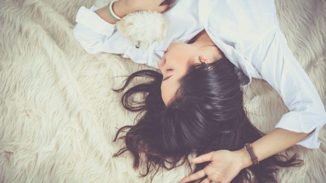独立してから睡眠時間を9時間にしてみた【メリットとデメリットを紹介】